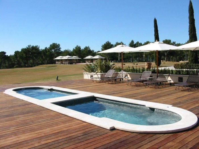 nager domicile avec le spa de nage encastrable. Black Bedroom Furniture Sets. Home Design Ideas